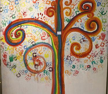 نمایشگاه هنر و خلاقيت دانش آموزان با وسايل دور ريختنى