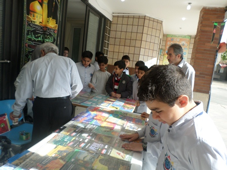 برگزاری نمایشگاه کتاب در دبستان به مناسبت هفته کتاب و کتابخوانی